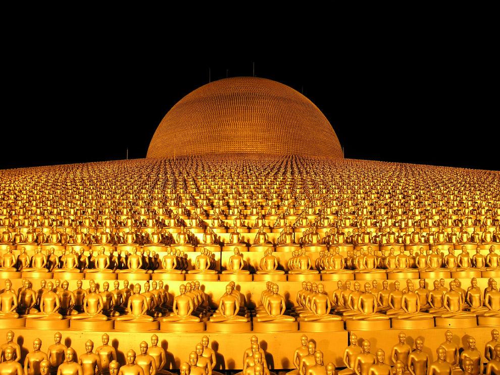 12. Космический храм Таиланда Ват Пхра Дхаммакая, 2017 год. (Фото Lillian Suwanrumpha):