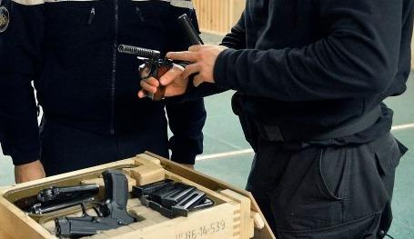 В столице полицейские убили угрожавшего подорвать гранату мужчину