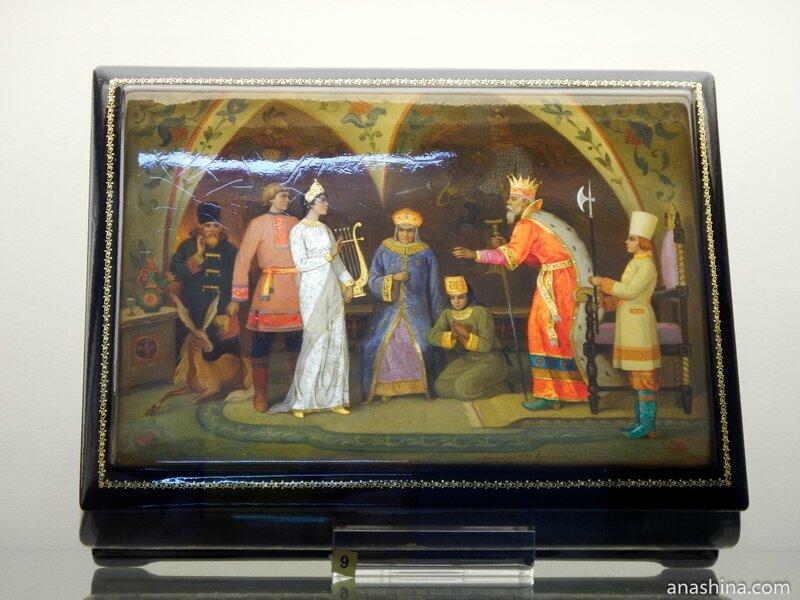 Шкатулка со сказочным сюжетом, Федоскинская лаковая миниатюра