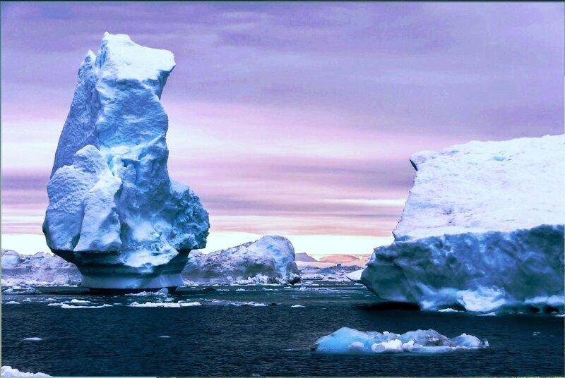 Айсберг в Диско Бэй, Гренландия..jpg