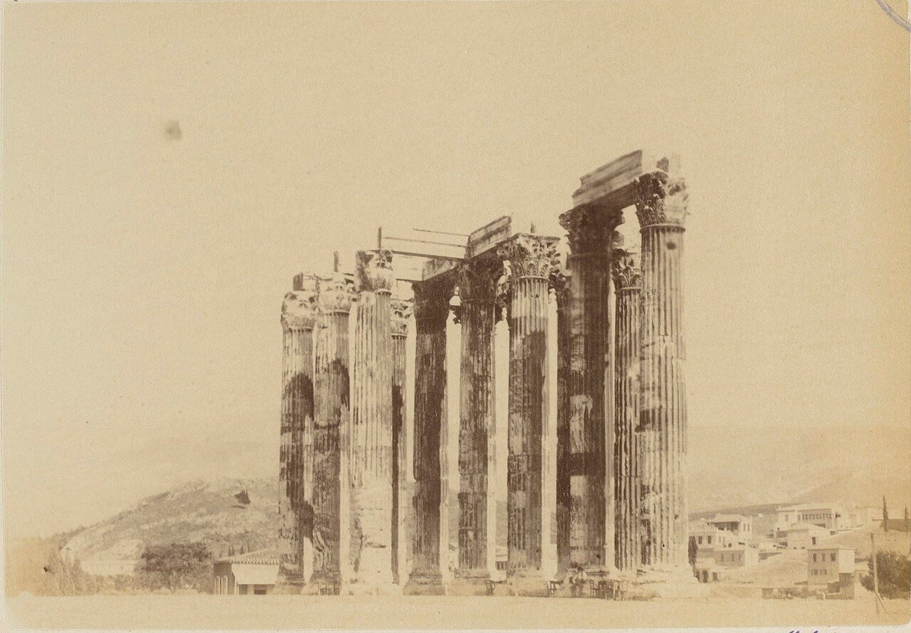 34. Афины. Храм Зевса Олимпийского. Вид сбоку