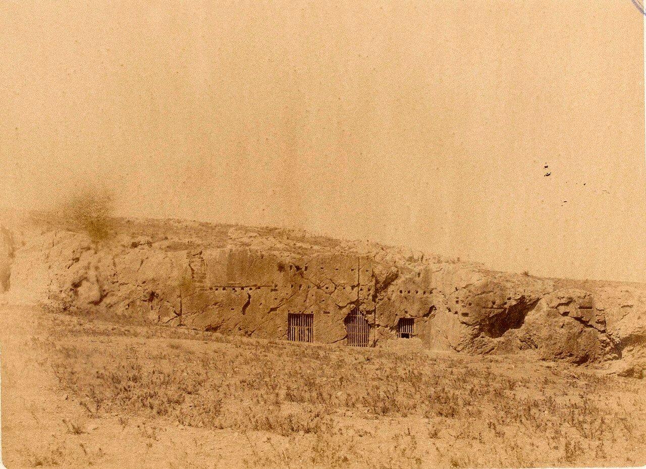 36. Афины. «Тюрьма Сократа» на холме Филопаппос
