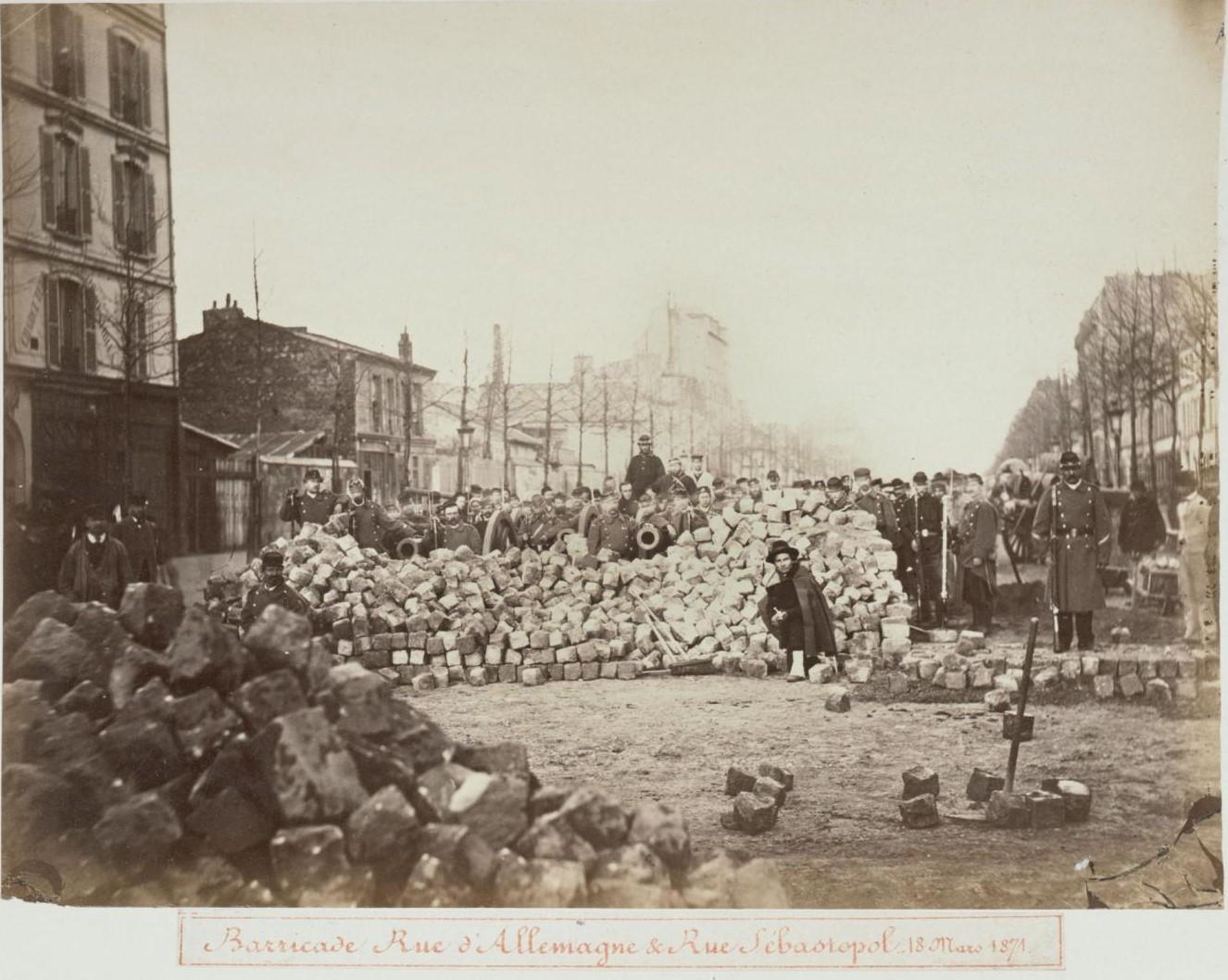 18 марта 1871. Баррикады на улицах Германия и Севастополь