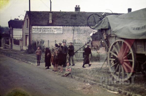 stock-photo-horse-wagon-france-village-peasents-1940-9077.jpg