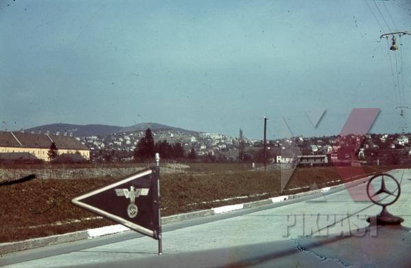 stock-photo-wehrmacht-staff-car-mercedes-car-unit-flag-france-1940-4th-panzer-division-12332.jpg