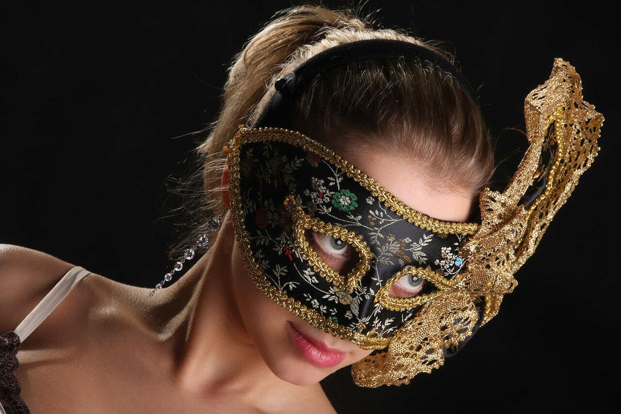 маска я вас знаю картинки одежда, полностью скрывающая