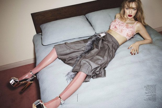 Аманда Сейфрид в Vogue Australia