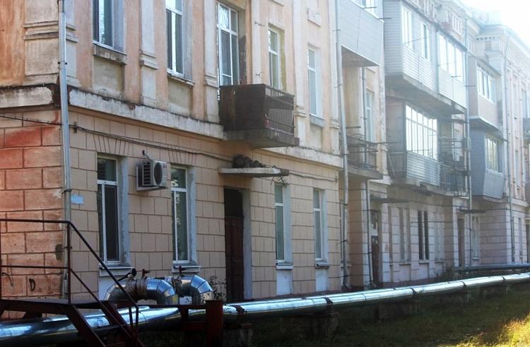 Из-за угрозы обрушения жилого дома вУссурийске эвакуируют 18 человек
