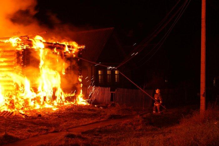 ВРославльском районе Смоленщины сгорели два дома