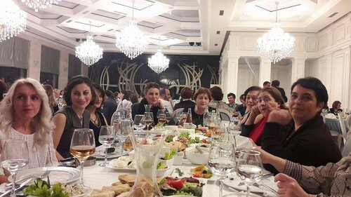"25.12.2016 -Ресторан ""Бабило"" - школа-лицей ""Мцигнобарухуцеси"""