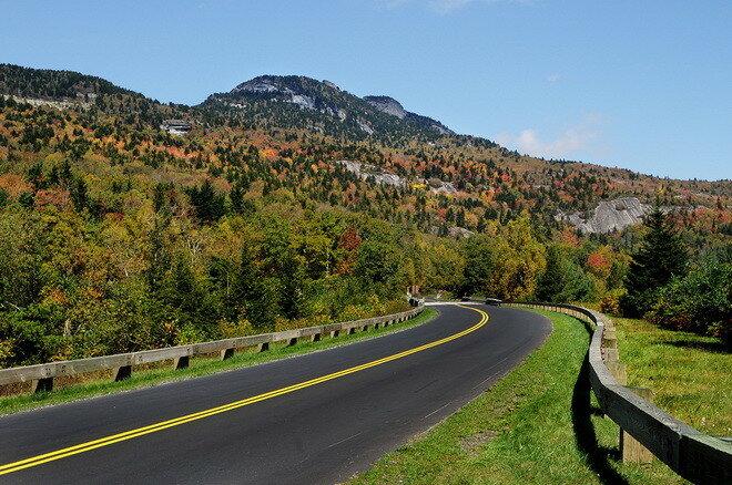 Автомагистраль Блю Ридж (Blue Ridge Parkway). США