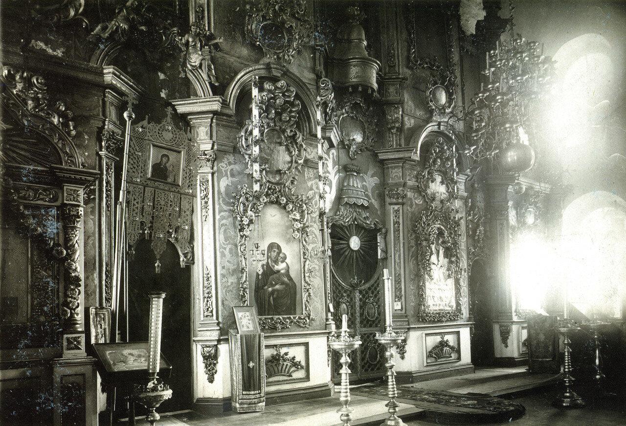 Иконостас Воскресенской церкви