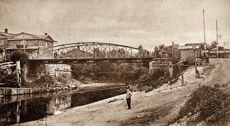 Мост через реку Гжать