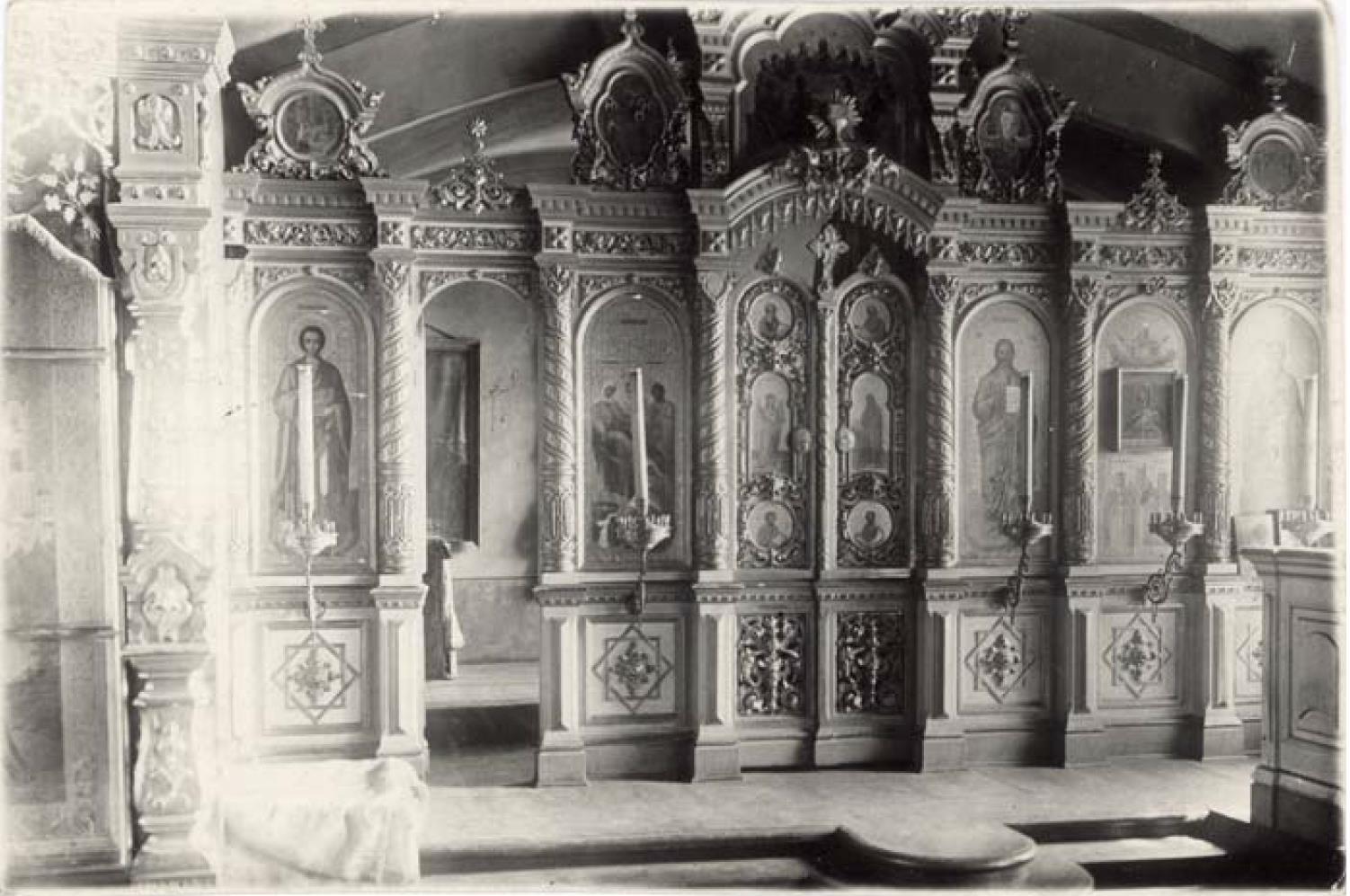 Никитская (Предтеченская) церковь 1765 г. Иконостас придела Рождества Богородицы