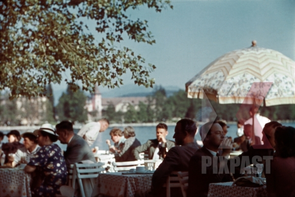 stock-photo-at-the-wrthersee-in-prtschach-austria-1939-12630.jpg