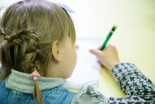 Выезжающих их Молдовы родителей попросили оформить опекунство