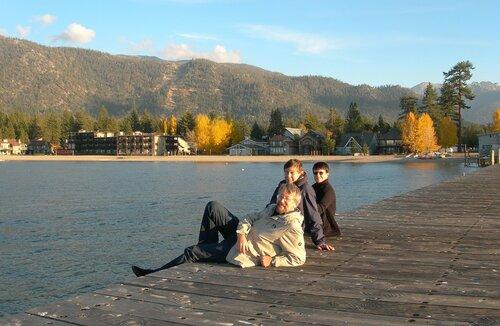 Уютная осень на озере Тахо.