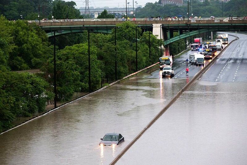 Наводнение в Торонто   фотографии стихийного бедствия в Канаде после сильного ливня