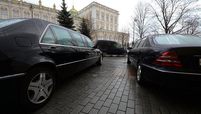 Лимузин В. Путина  выставили на реализацию  за1,3 млн  евро