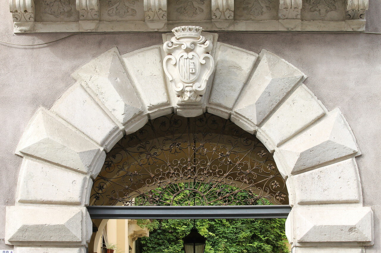 Mansion of Biscari (Palazzotto Biscari alla Collegiata), Catania
