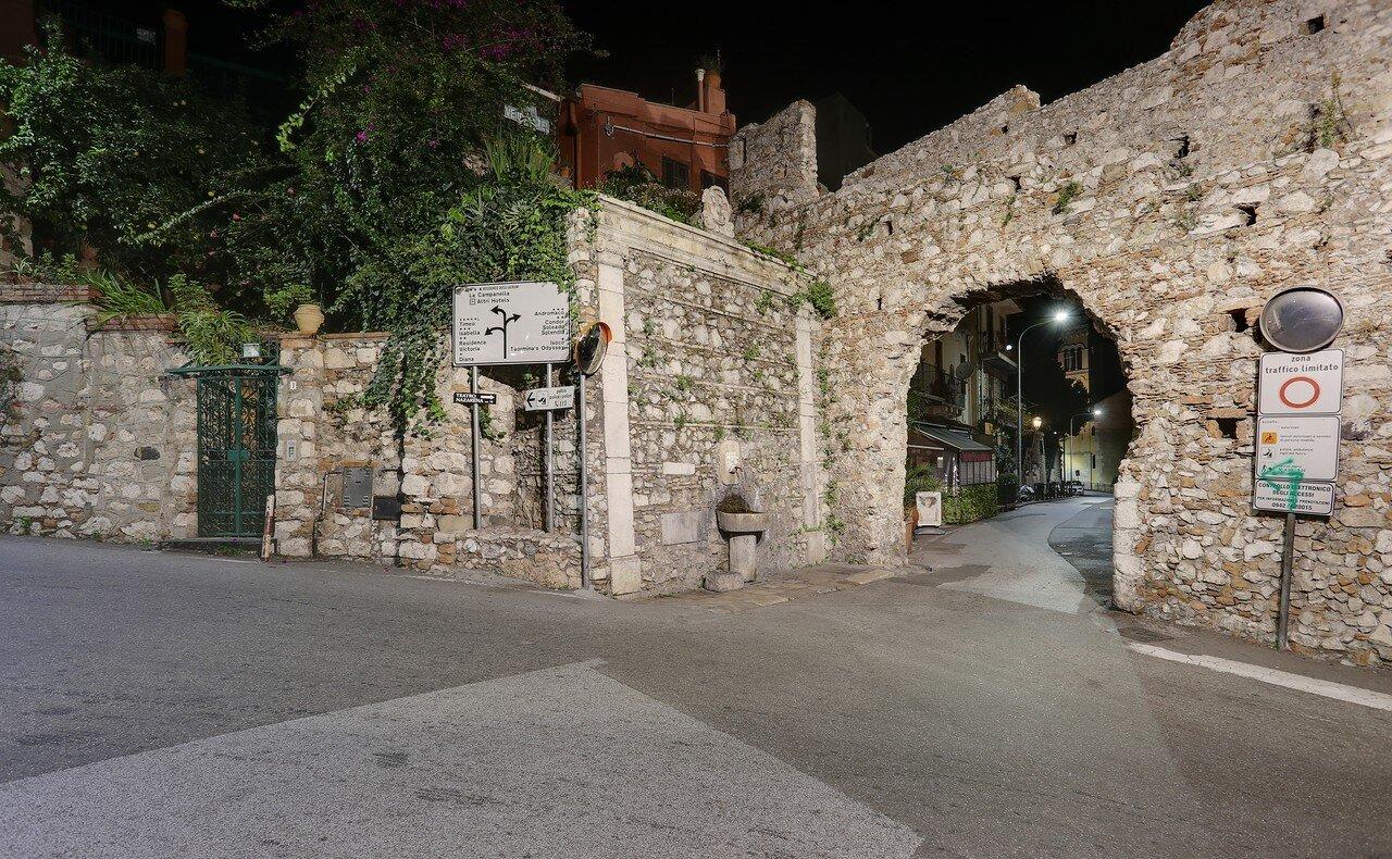 Taormina. Arch of the Capuchins (Arco dei Cappuccini)
