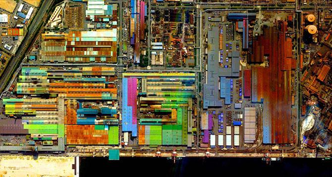 18. Разноцветный промышленный район, Токай, Япония.