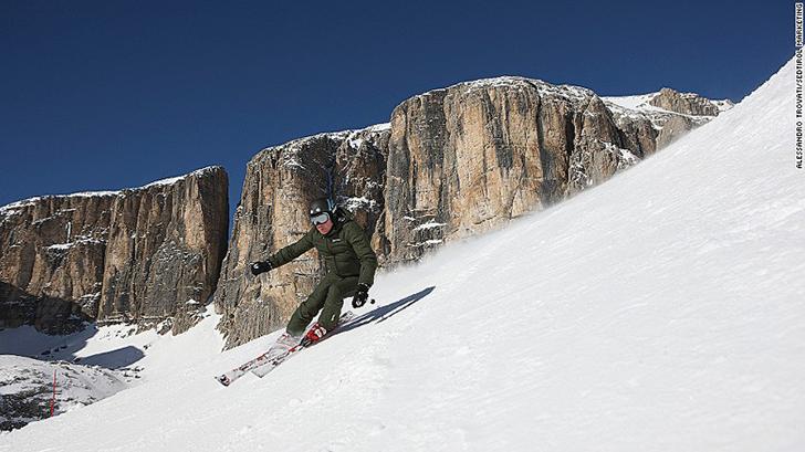 Спуски Альпе-ди-Сьюзи — это тоже нечто волшебное. В общей сложности отель предлагает 60 км маршрутов