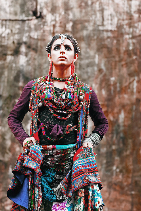 Гламурная фотосессия первой транс-модели в Пакистане