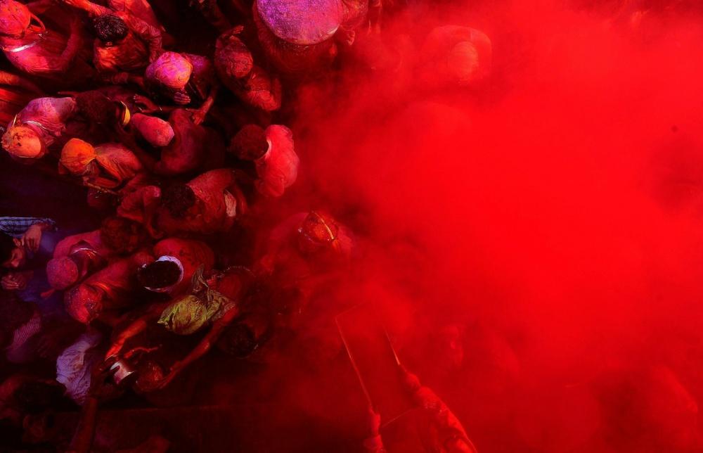 20фотографий праздника Холи, который отыгрывается завсе серые будни планеты