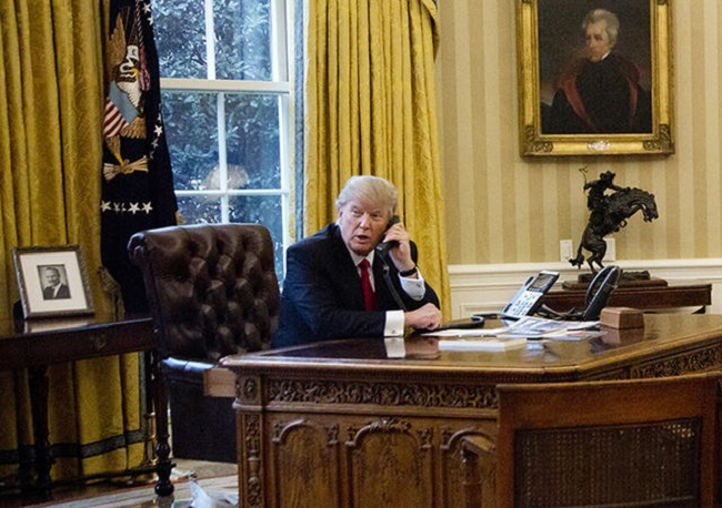 Стоит отметить, красная кнопка была и у предшественников Трампа.
