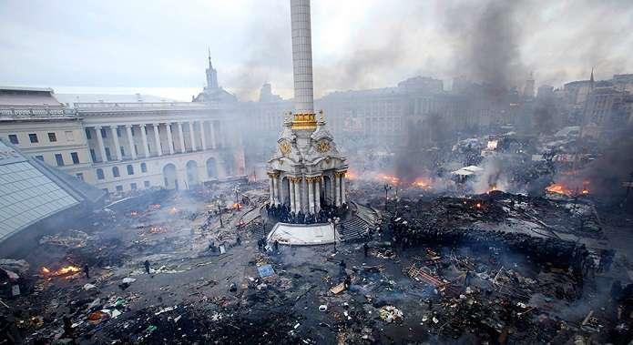 Луценко: Суд позволил задержать Януковича