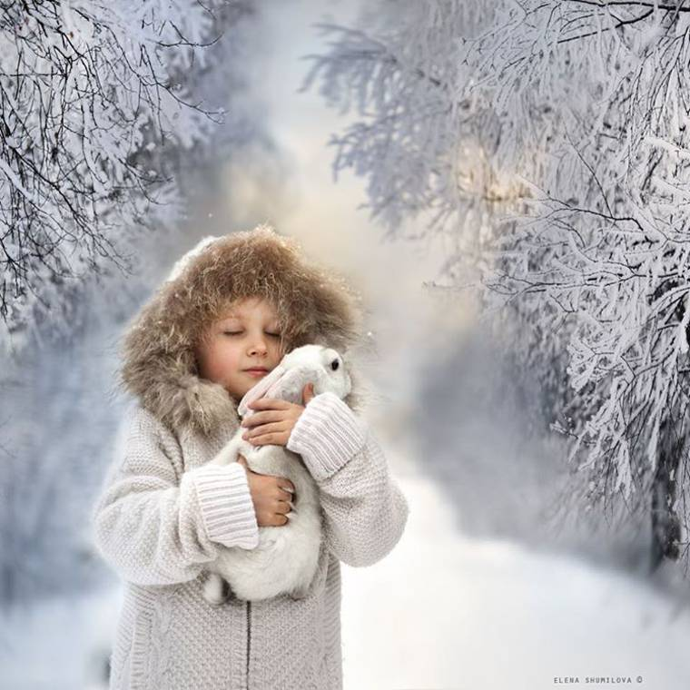 Kids and Animals - The adorable photographs of Elena Shumilova