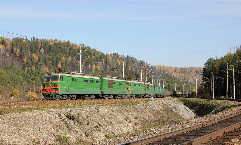 ВЛ10-1043 на перегоне Симская - Биянка