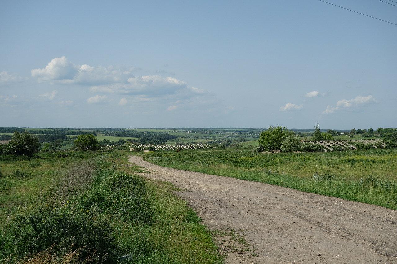 долина реки Неручь близ п. Залегощь