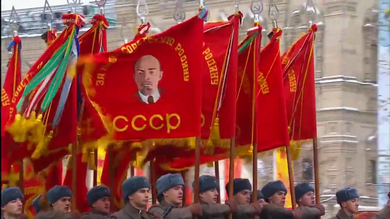 20161107-Марш в честь парада 1941 года прошел на Красной площади Москвы