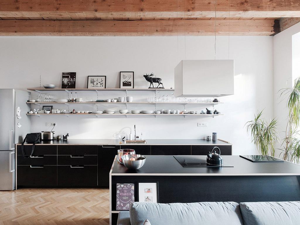 modern-apartment-wiht-hidden-room-8-1360x1020.jpg