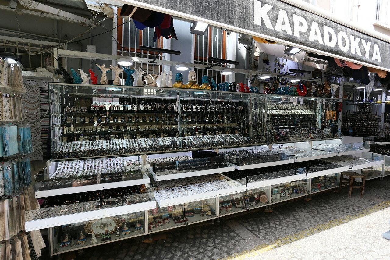Стамбул. Блошиный рынок Ортакёй