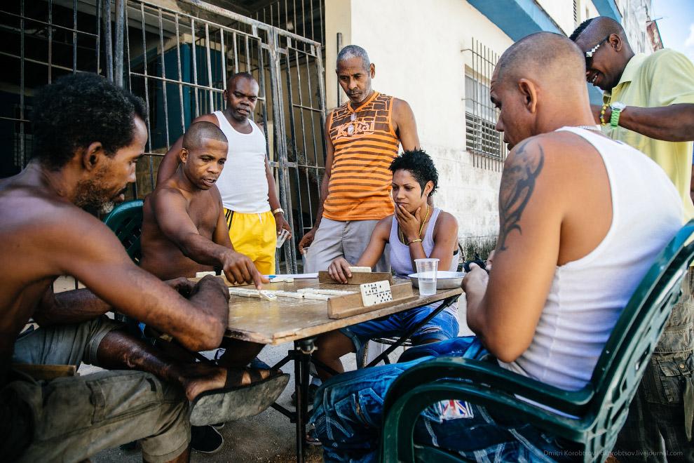 5. Если самоходом выбираться за пределы Гаваны, то хотя бы минимальный уровень владения испанск