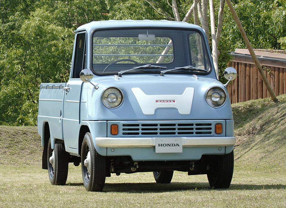 14. Honda T360 (1963) Первой четырехколесной