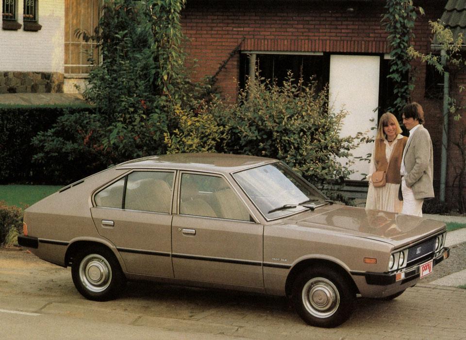 15. Hyundai Pony (1975) Один из крупнейших промышленных конгломератов Южной Кореи Hyundai заинтересо