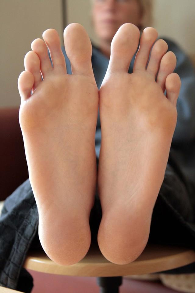 9. Шевелите большими пальцами ног и считайте от 1000 до 1 Звучит смешно, но эффективно работает. Зак