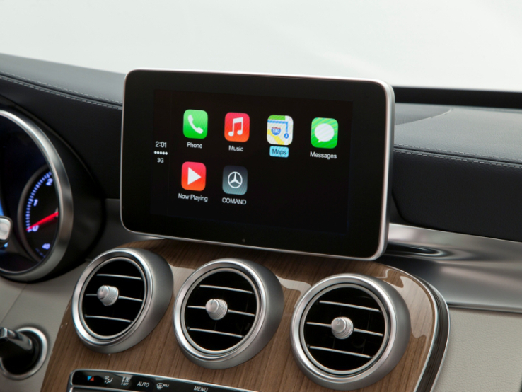 Apple наняла экс-сотрудников BlackBerry для созданияПО для авто