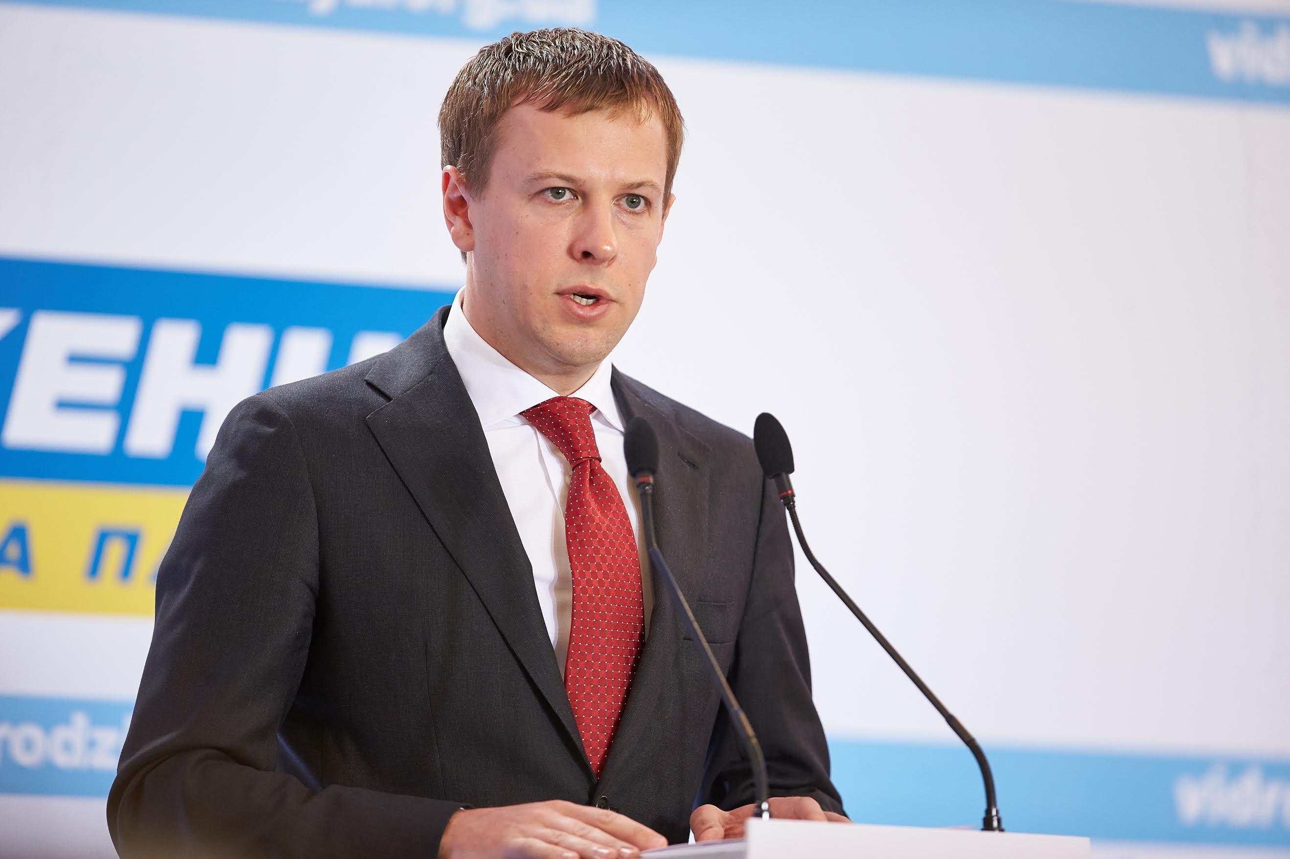 Декларация Хомутынника: 40 компаний, 40 млн грн и $10 млн насчетах