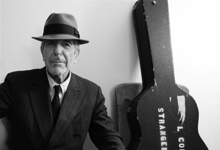 Похороны канадского музыканта Леонарда Коэна прошли поиудейским обычаям