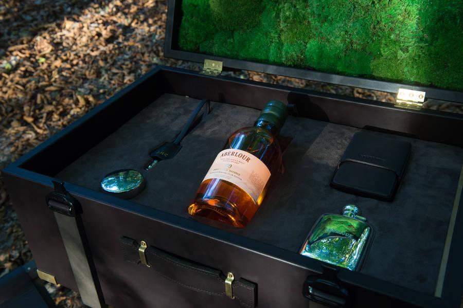 Prestigious Aberlour 40 Year-Old Whisky Nomade Coffret (14 pics)