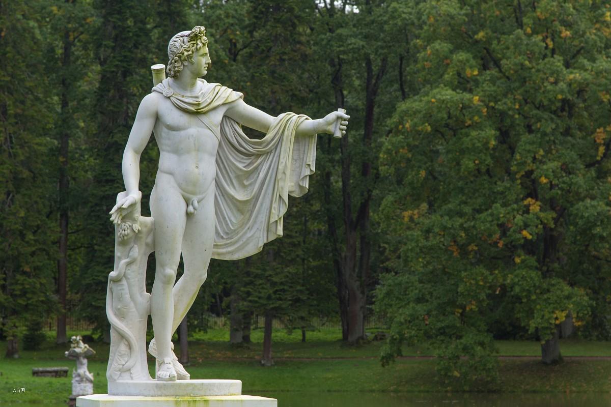 Скульптура «Аполлон Бельведерский»