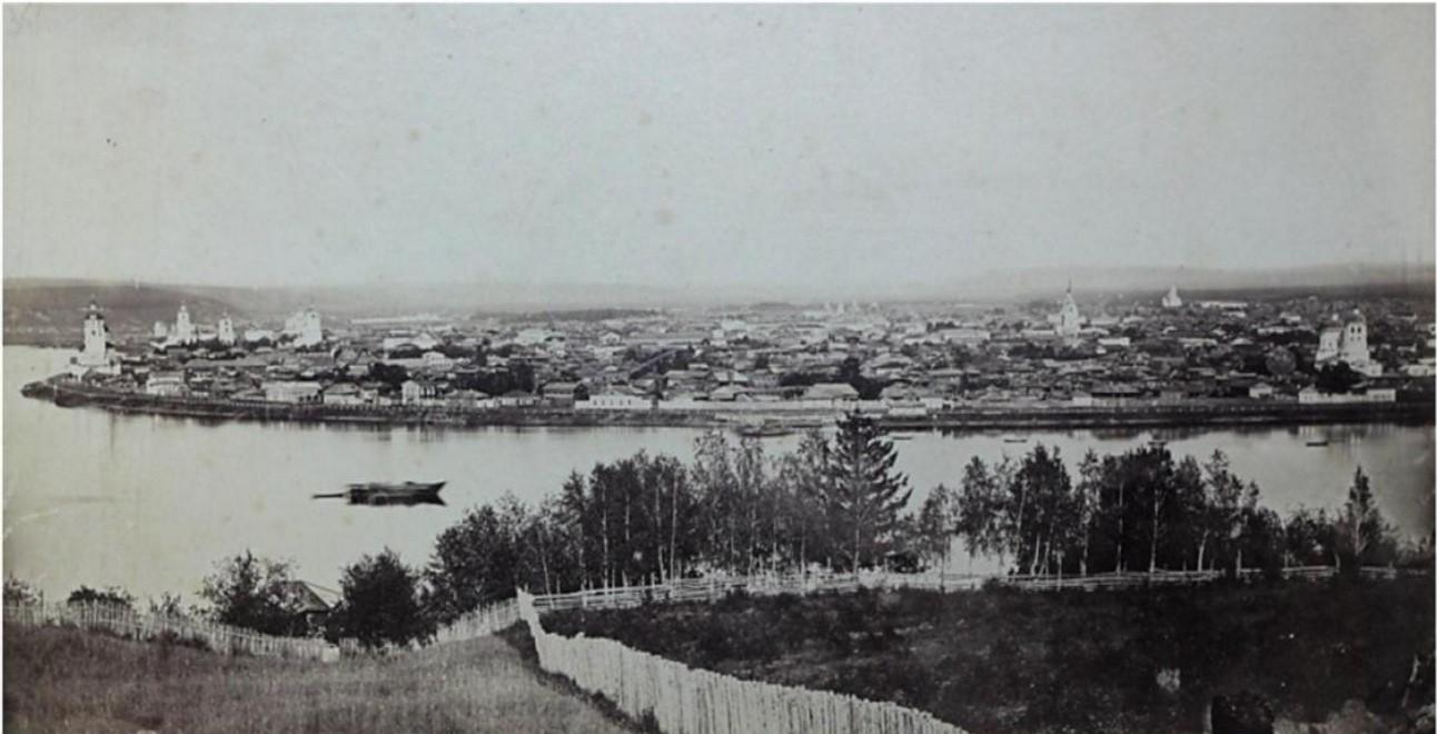 Панорама города. Вид на район от Чудотворской до Троицкой церквей. 1866