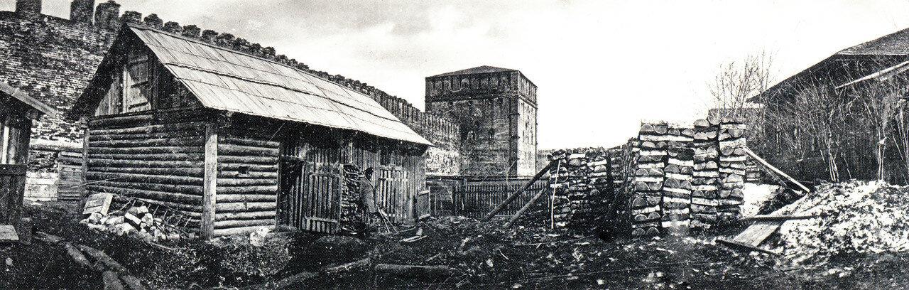 Панорамный вид на Никольскую башню. 1902