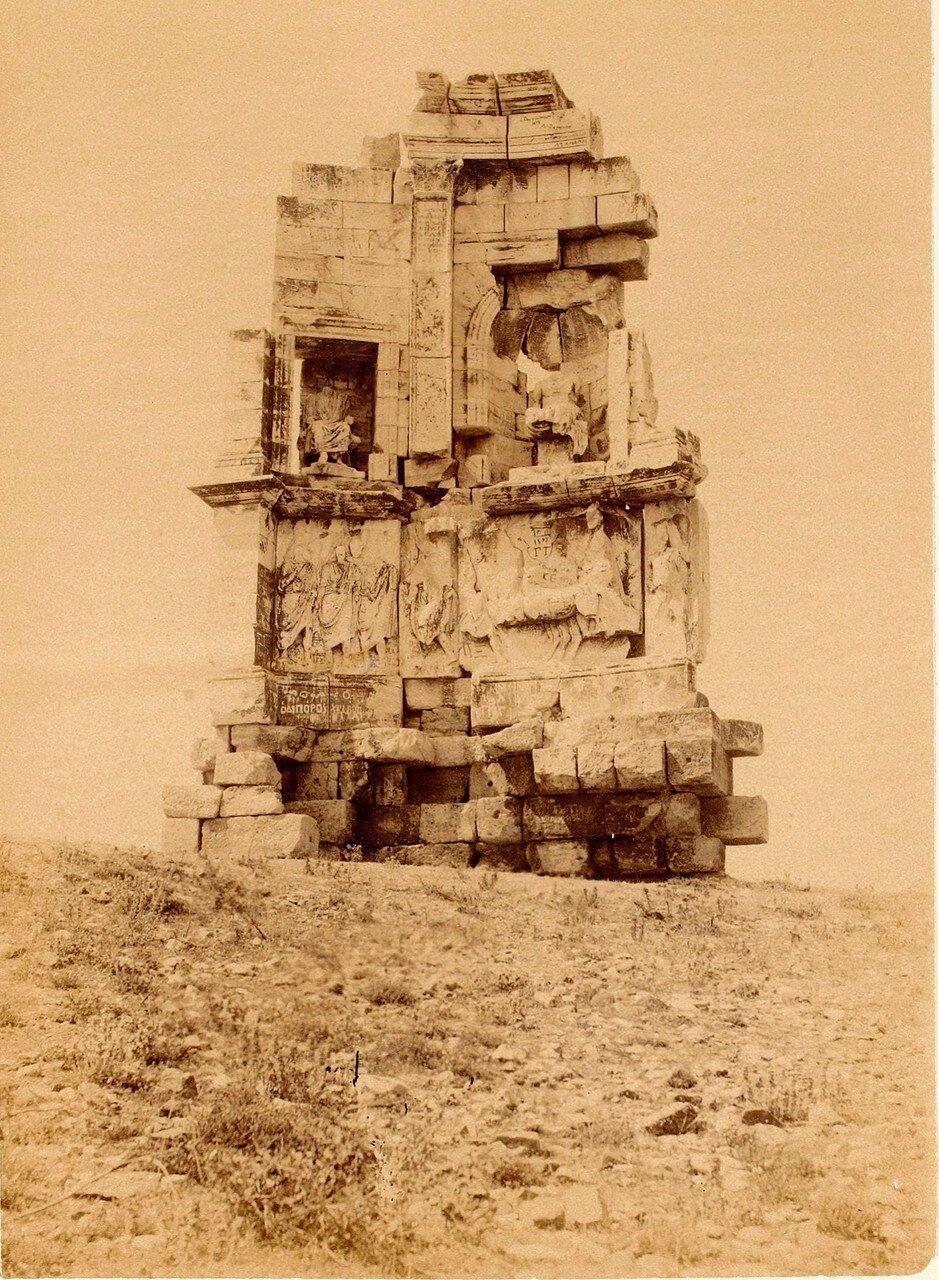 37. Афины. Памятник Филопаппу