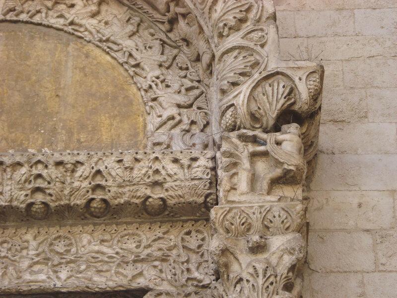 041-портал львов (левая часть).jpg